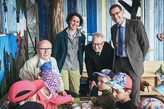 Landrat Neumayer besucht Waldkindergarten