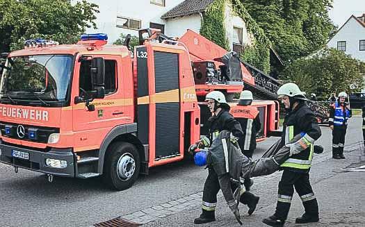 Feuerwehrübung in Niederlauterbach