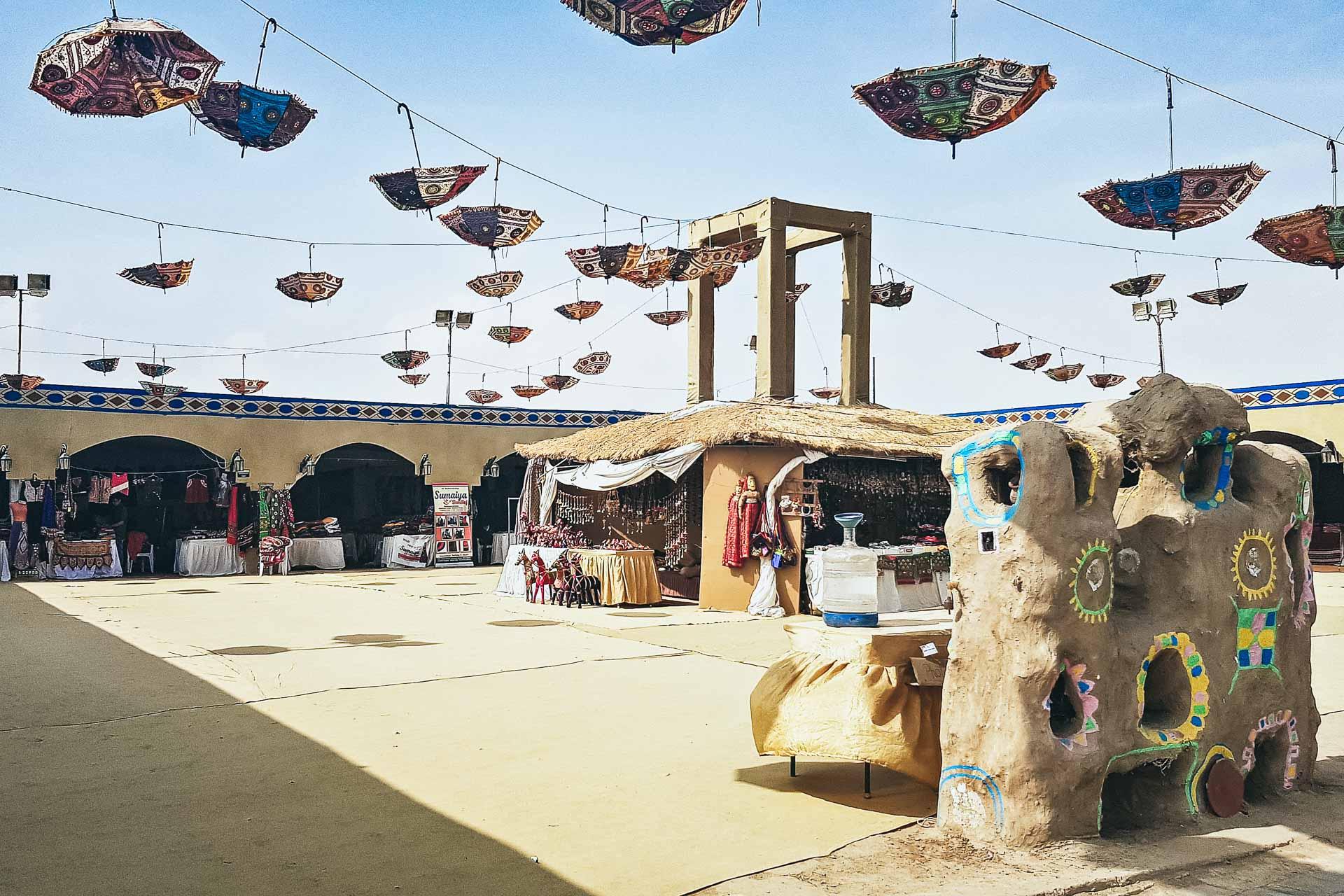 "src=""Global Art Festival.jpg"" alt=""Caroline Jung Indien"""